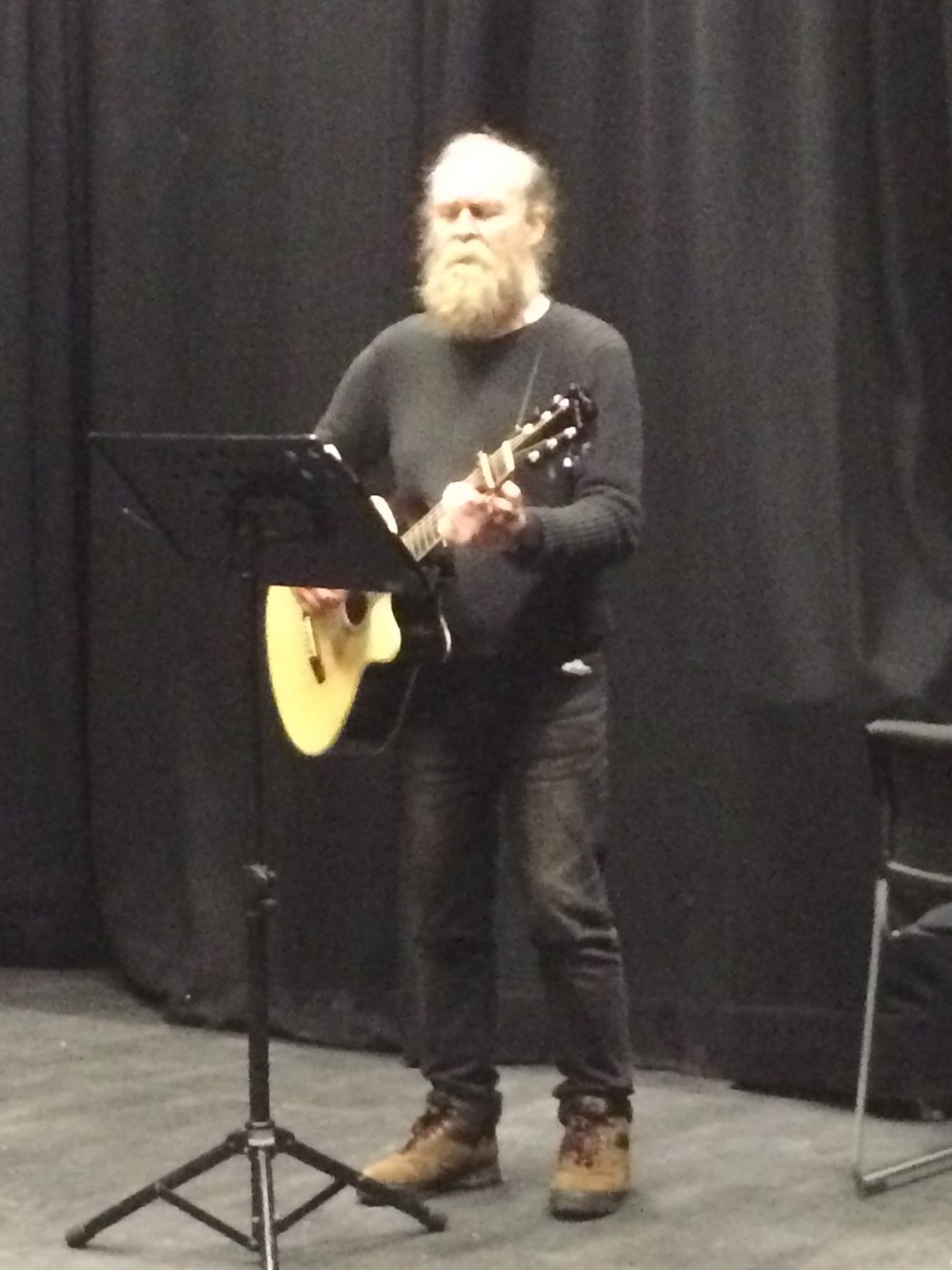 Laurie performing one of his songs