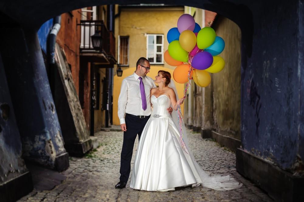Plener ślubny na starówce w Warszawie