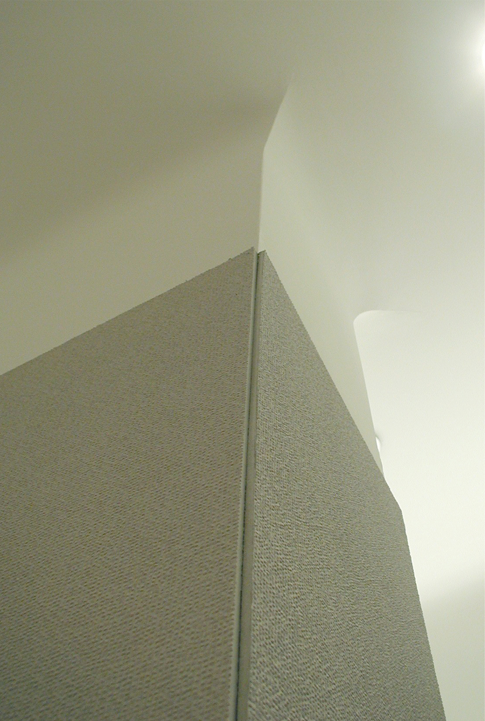 30 column-ceiling.jpg