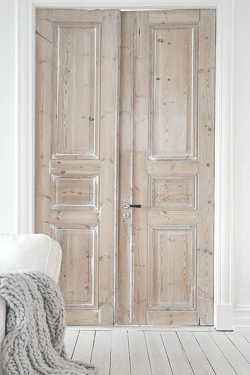 We Love Antique Doors Used As Art. They Are Beautiful Leaning Or Hanging On  Walls And Add An Interesting Element To An Interior.