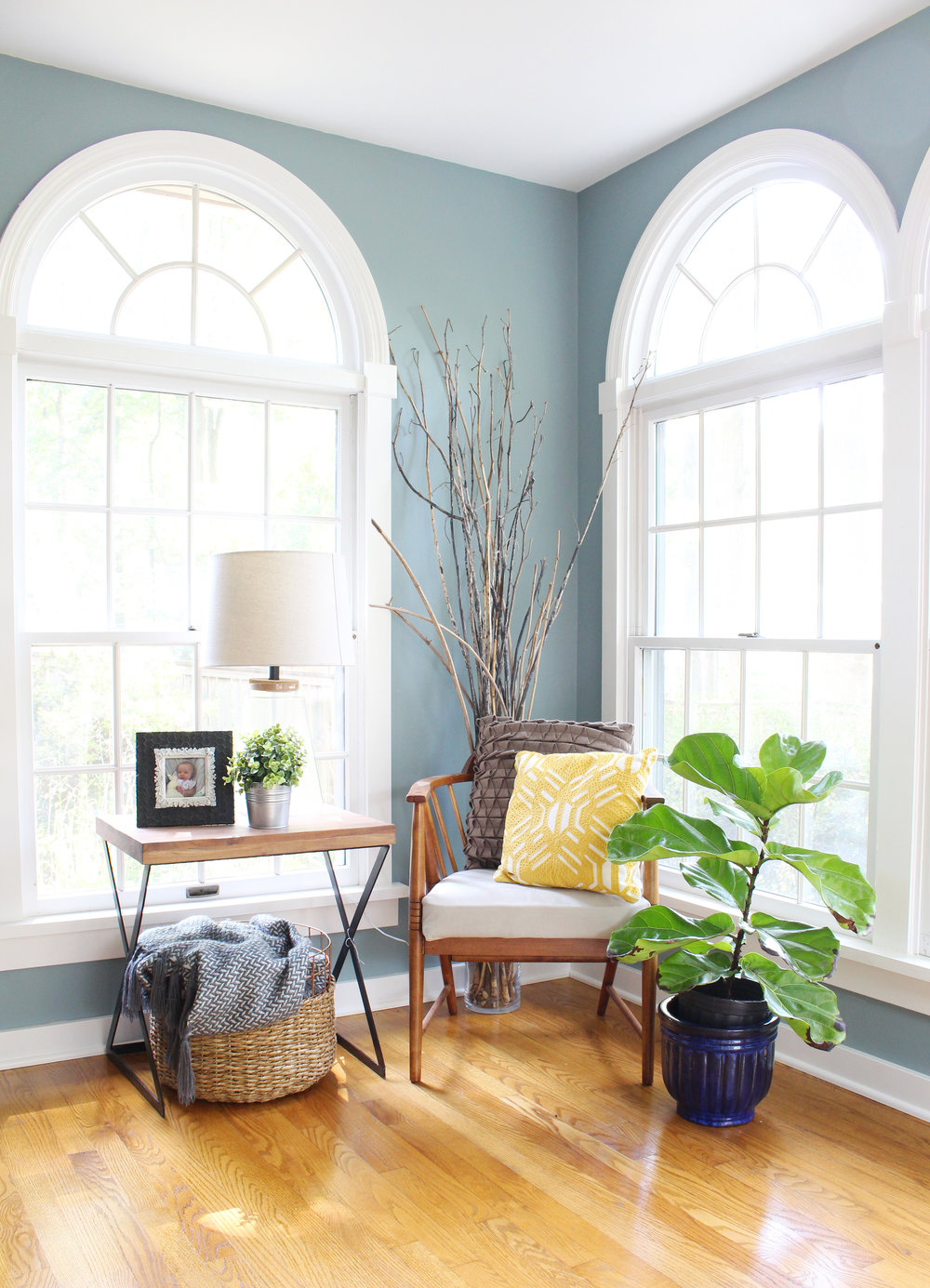 Chair-Corner-Vignette-Fiddle-Leaf-Fig-4.jpg