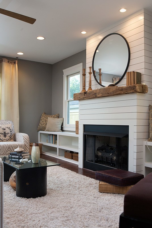 Modern shiplap in living room // modern rustic shiplap fireplace