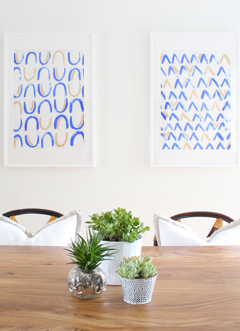 Get small space decorating tips over on the Mix & Match Blog!