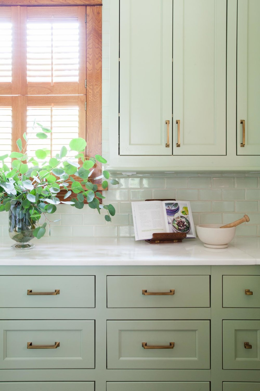 2018 home decor trends: sage (kitchen cabinets, furniture, decor)