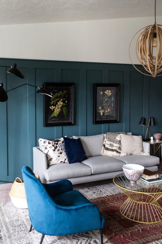 Simply Grove One Room Challenge Fall 2017. Modern eclectic living room with teal wall.