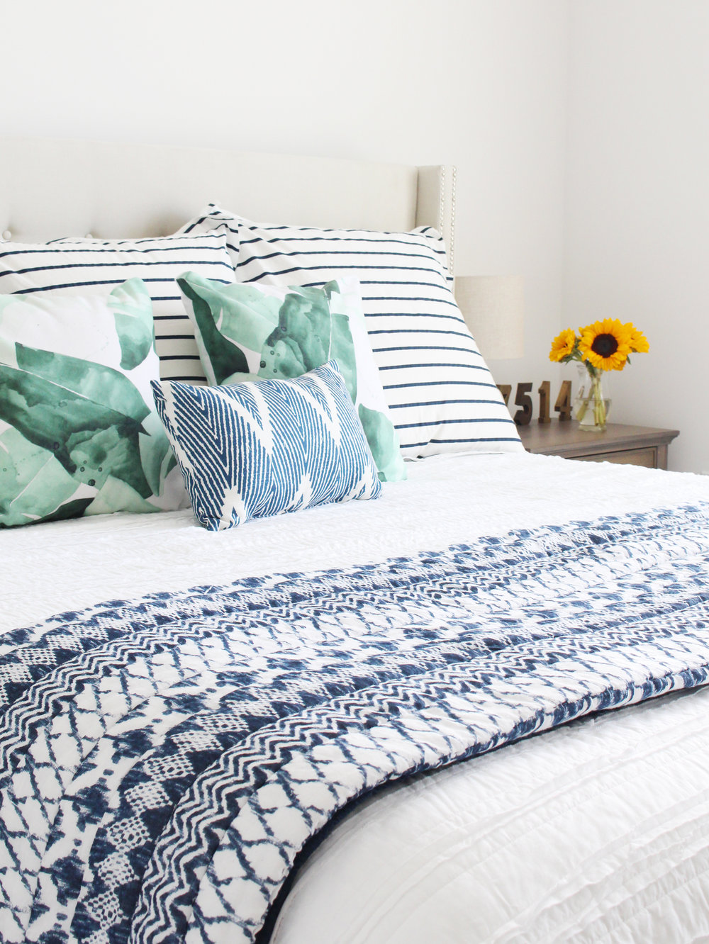 Inspiration for Mix & Match Design Company's guest bedroom makeover for the One Room Challenge. Loving the modern farmhouse bedroom with its blue and green bedding.