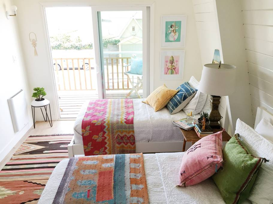 The Beach Lodge in Hollywood Beach, CA // Best Airbnbs