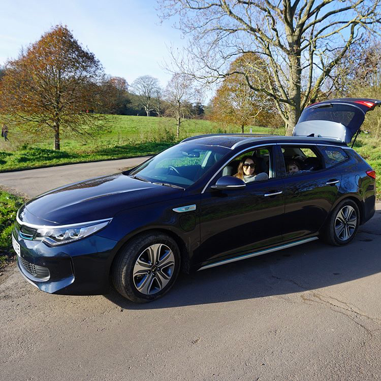 KIA'S NEW PHEV OPTIMA SPORTSWAGON