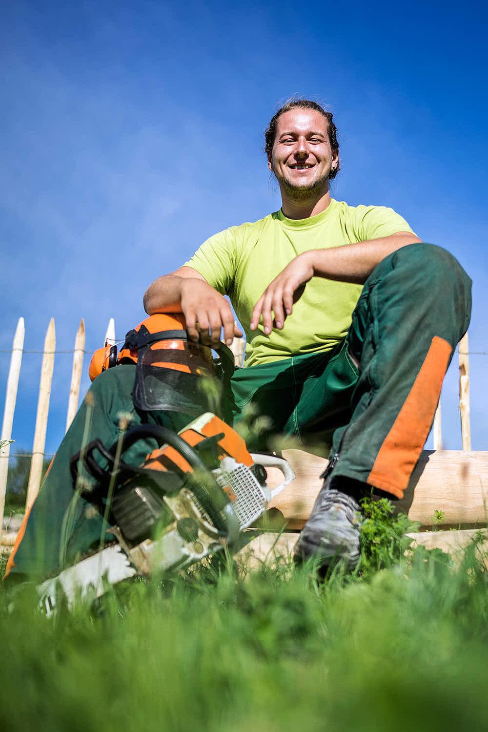 Florian Riesch Gartenbaufacharbeiter Kein Baum ist sicher vor Ihm.Bäume sind seine Leidenschaft.