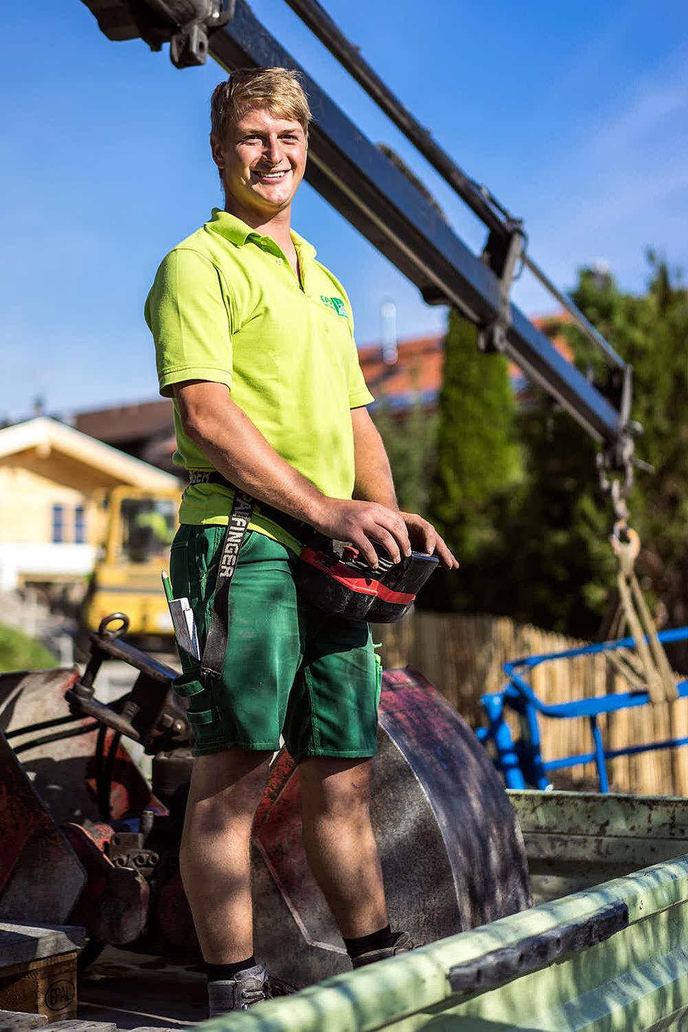 Alexander Bscheider Gartenbaumeister Hat Ihre Baustelle voll im Griff.