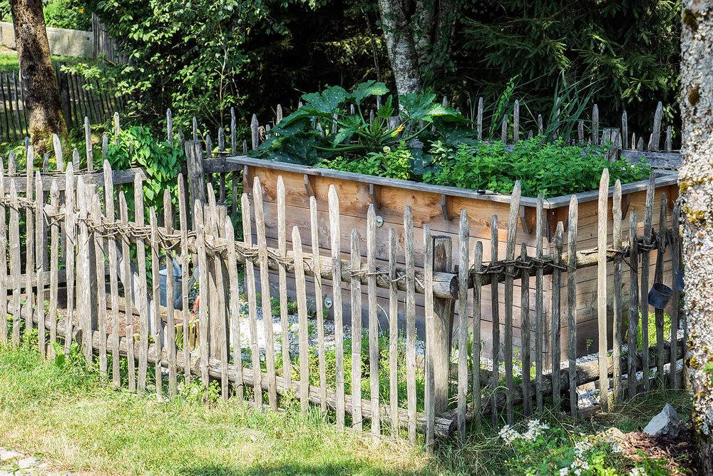 Epp-Gartenbau-Holz-Zaeune-Terassen-34.jpg
