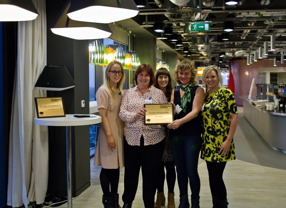 Principal Maeve Corish (second from left) and the Changemaker Schools team of DPETNS accept their Ashoka CMS Award in 2014