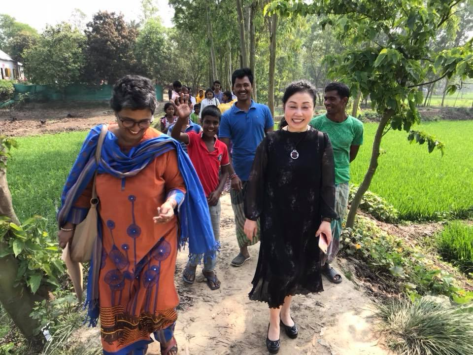 Ms. Cheng visits rural early education programs in Savar, Bangladesh
