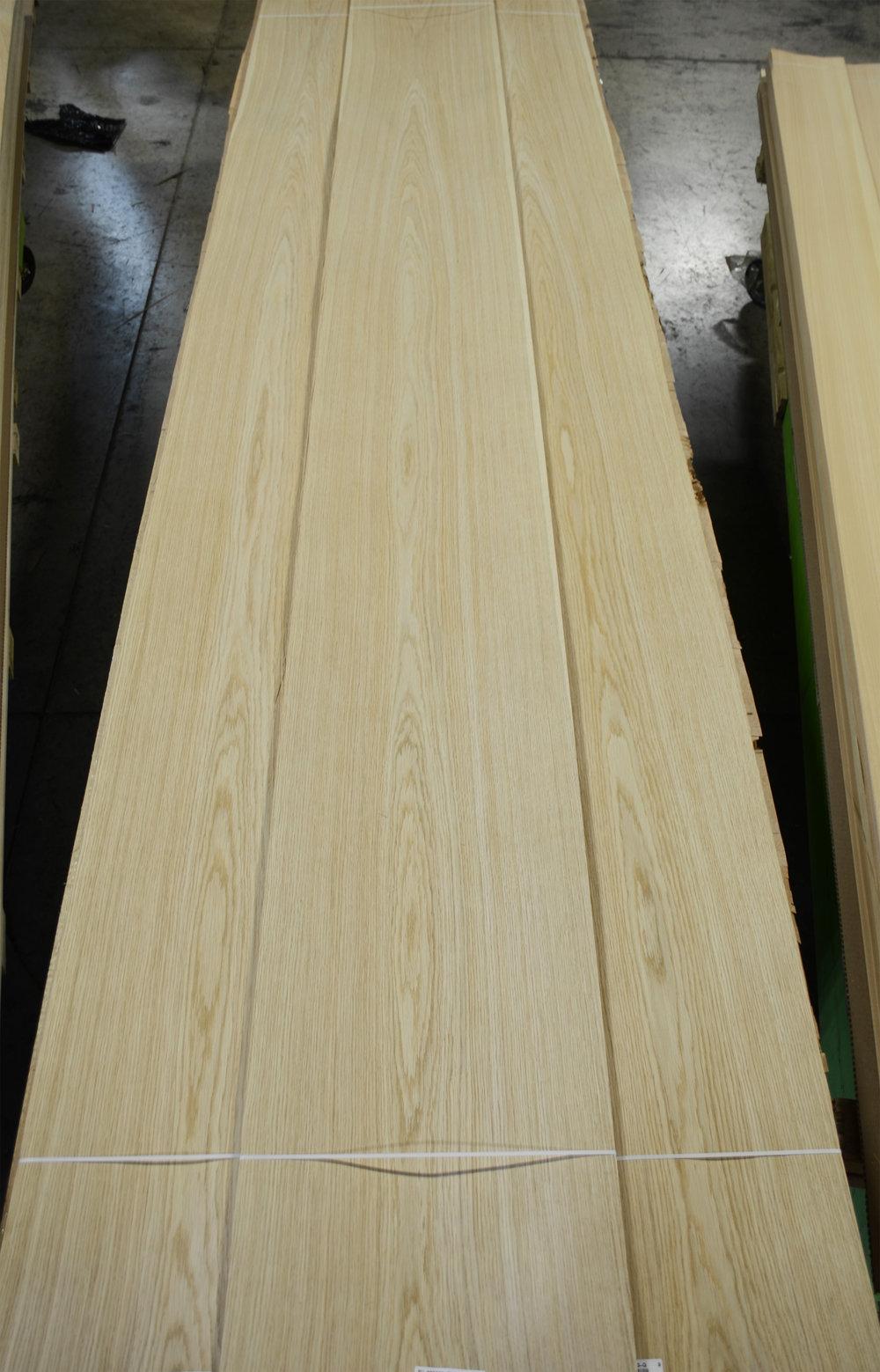 Oak, Euro-PS #DG-4-5803-A  (3).JPG