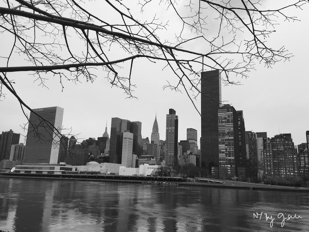 Fotos de Nova York: Manhattan East Side, visto de Roosevelt Island no inverno