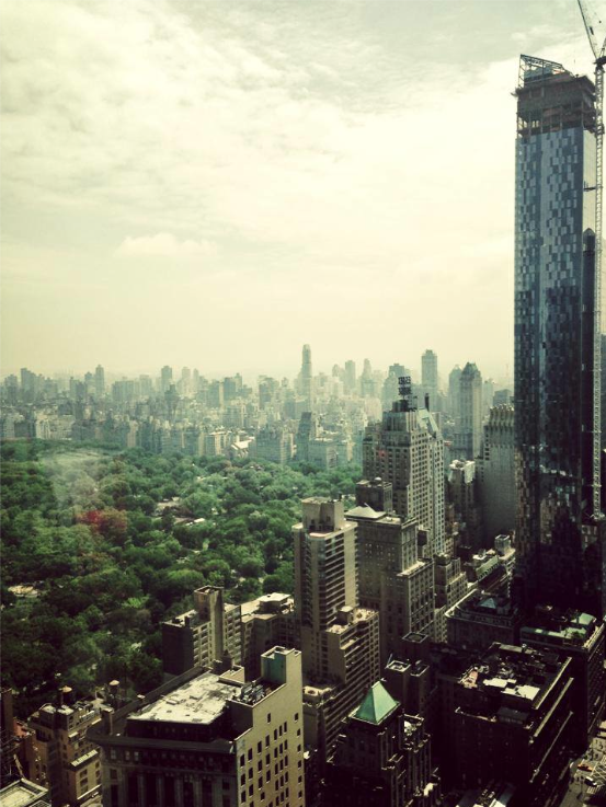 blogfest recap, a view from hearst tower, listening to Thom Filicia