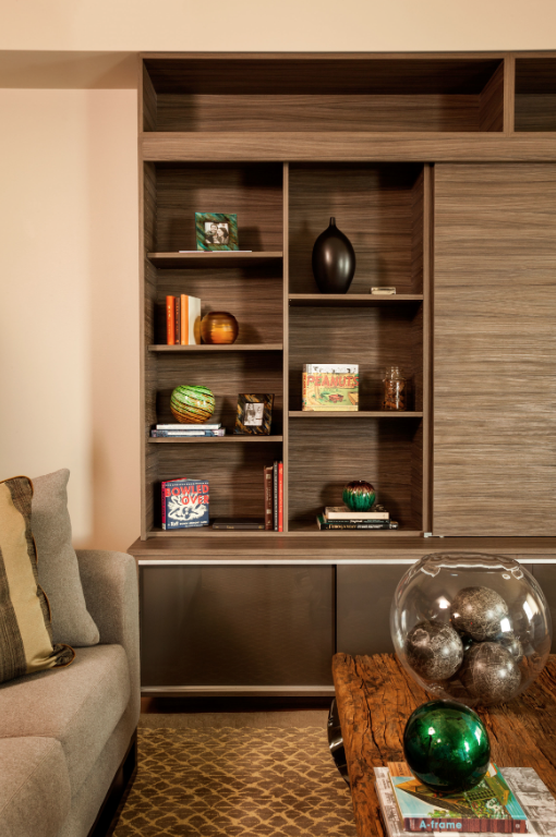 ways to accessorize your bookcase, gorgeous styling, how to get the look