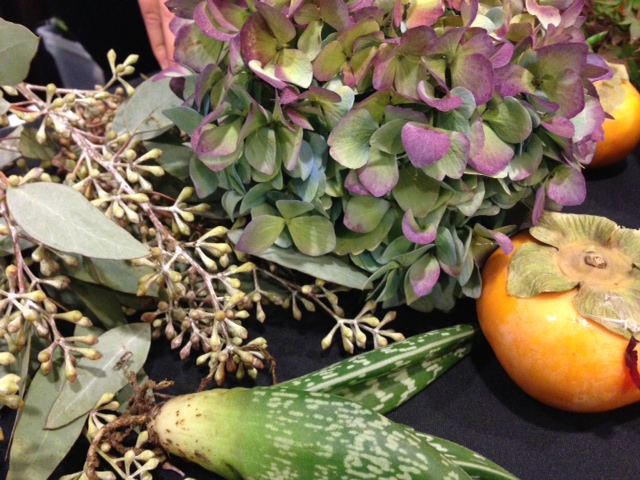 floral arrangements, making fall floral arrangments, how to create gorgeous arrangements for the holidays