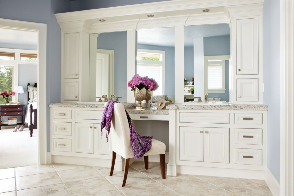 feminine decor, the best dressing rooms for ladies, the perfect place for beautiful women to get ready