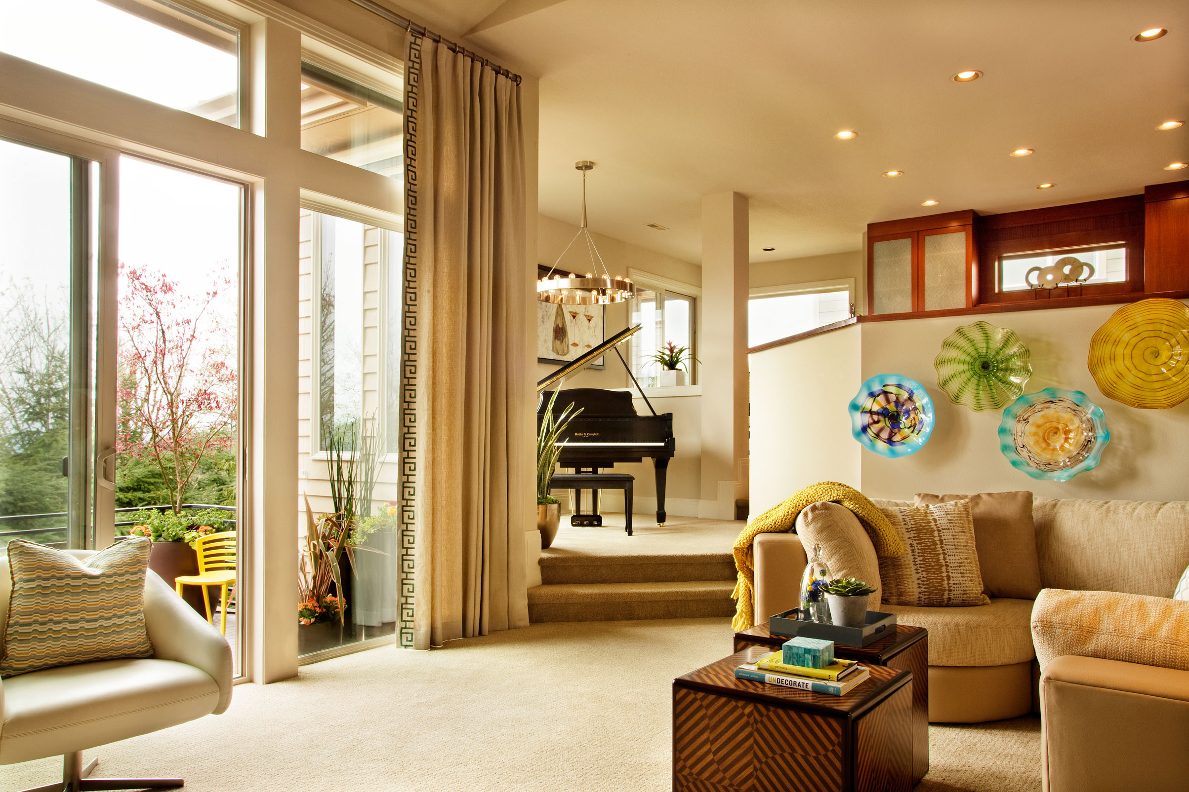 homes with pianos in them, how to decorate a room around your piano, utilizing large windows to accentuate interior design