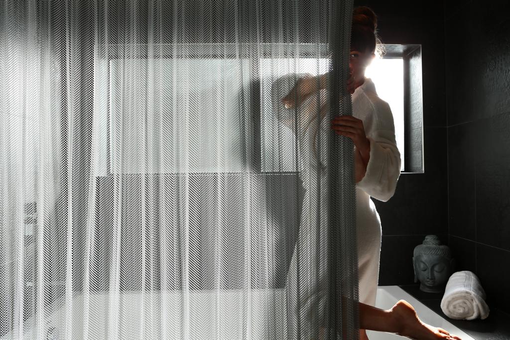 cool shower curtains, ideas for unique shower curtains, interior design ideas to enhance your bathroom
