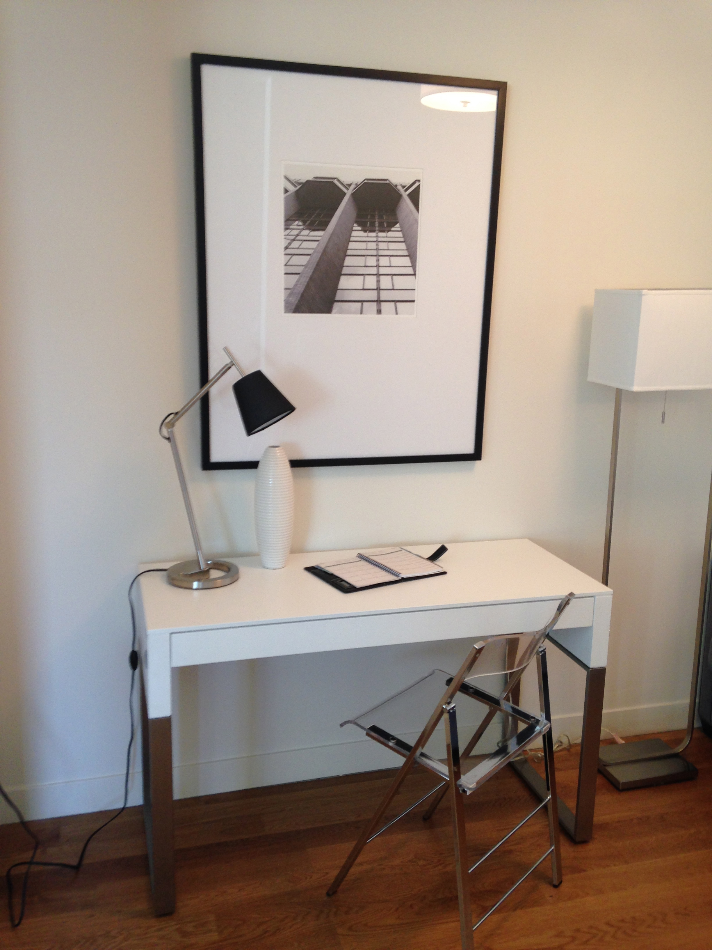 At home offices, ideas for at home offices, inspiration for black and white home offices
