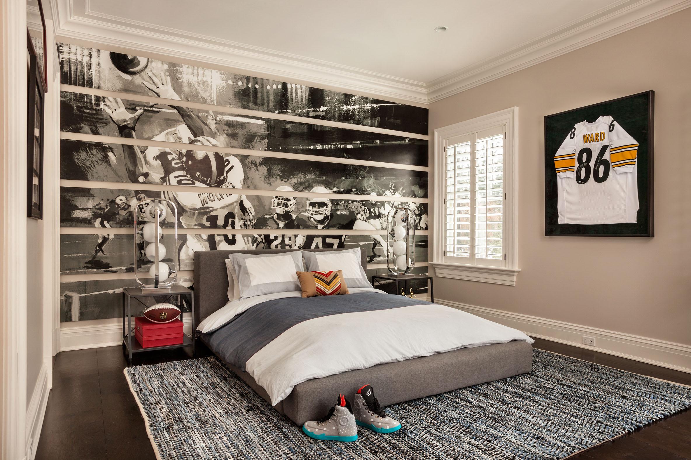 masculine youth bedrooms, football fan interiors, teenage boy bedroom ideas