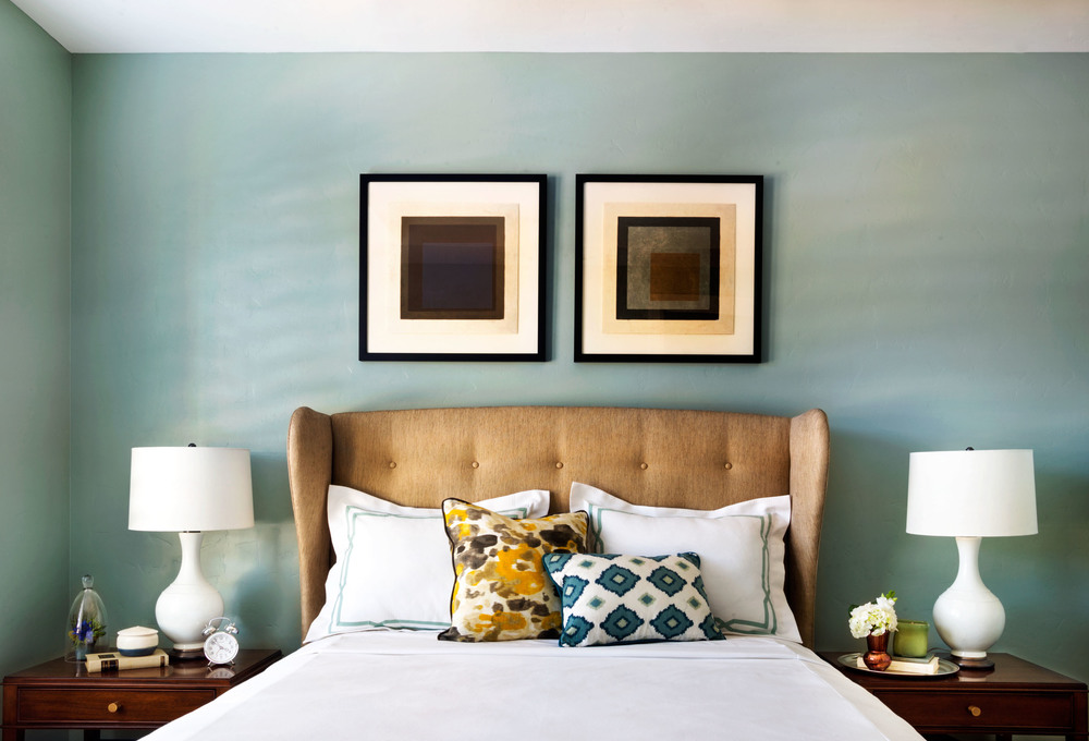 Designer Tips On Using Bold Color Palettes In Your Home Decor