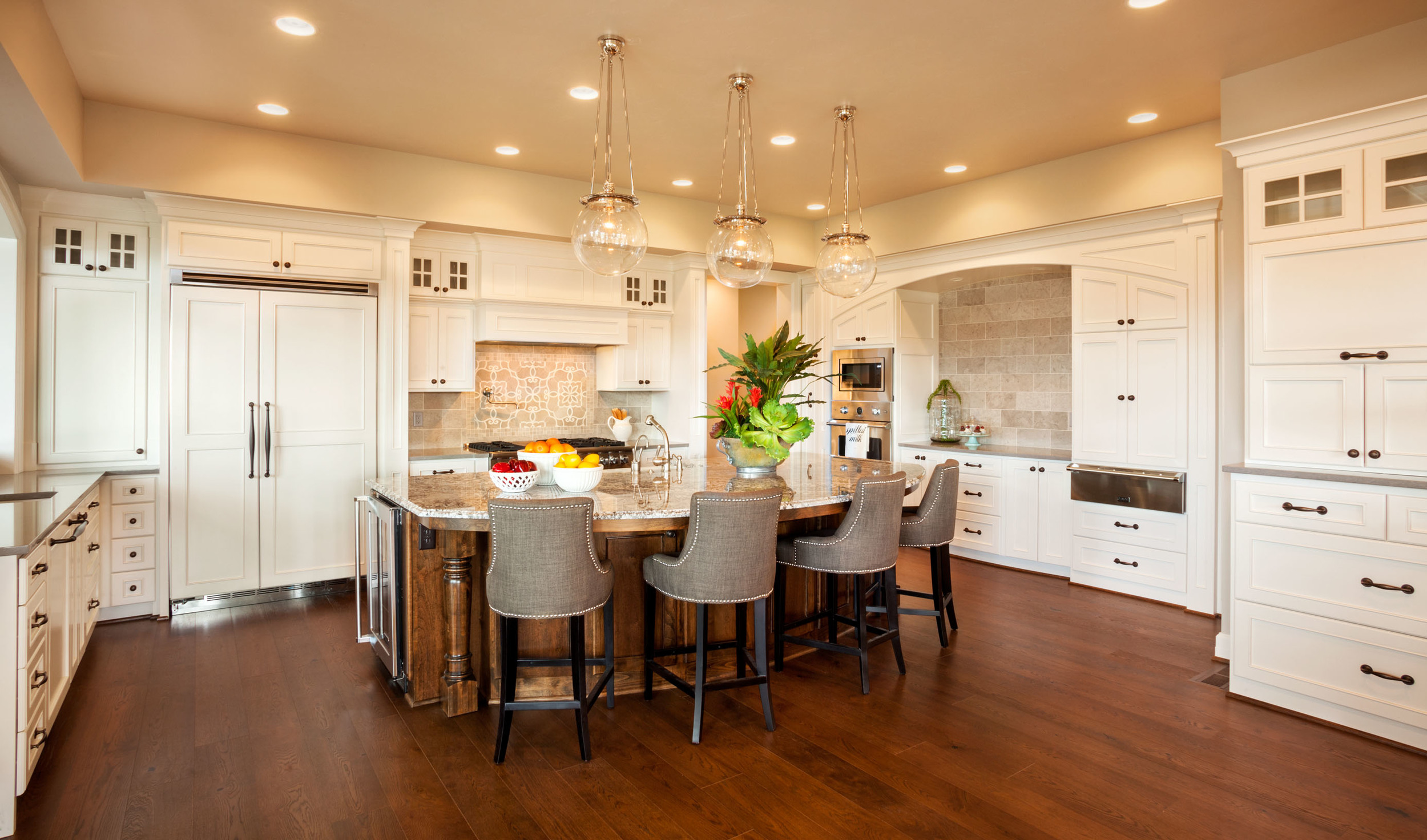 Large Kitchen Designs In The Pacific Northwest