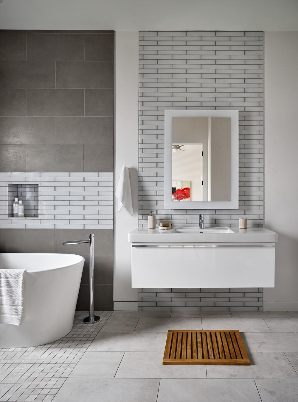 Sandhill Crane Master Bathroom