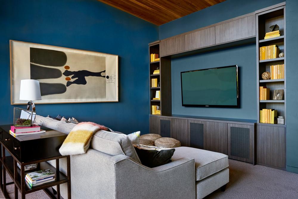 Sandhill Crane Family Room