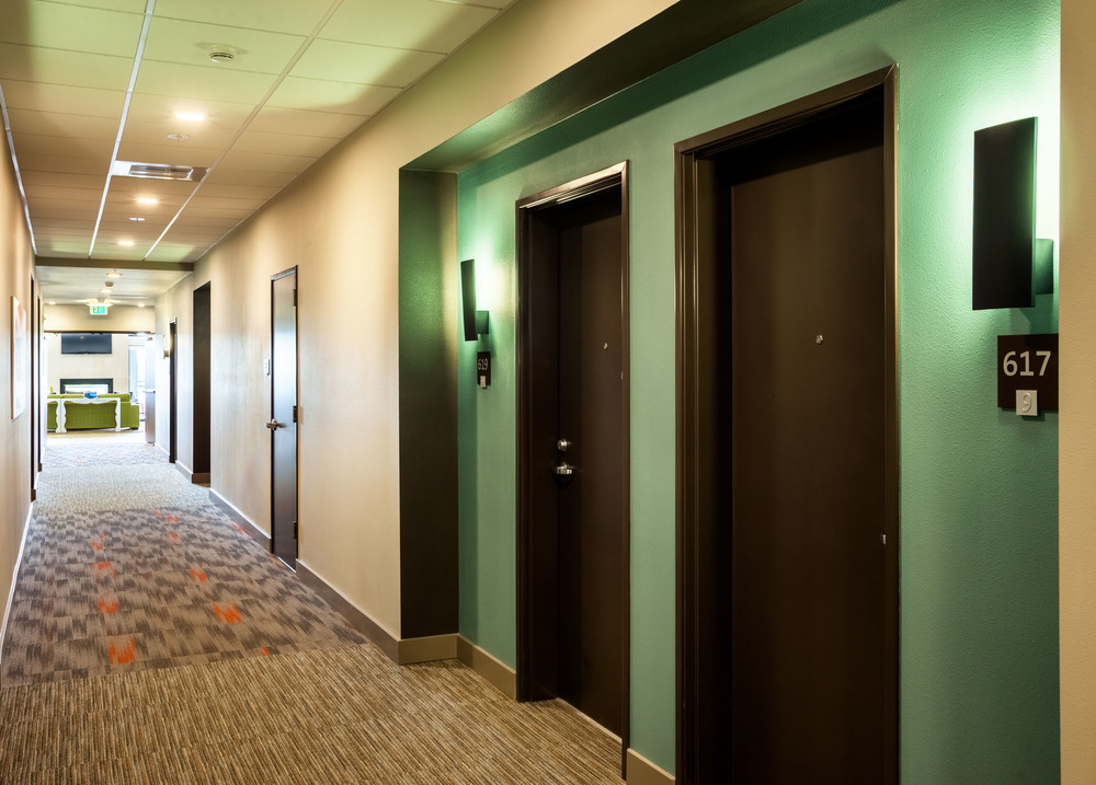 Hallway_0078.jpg