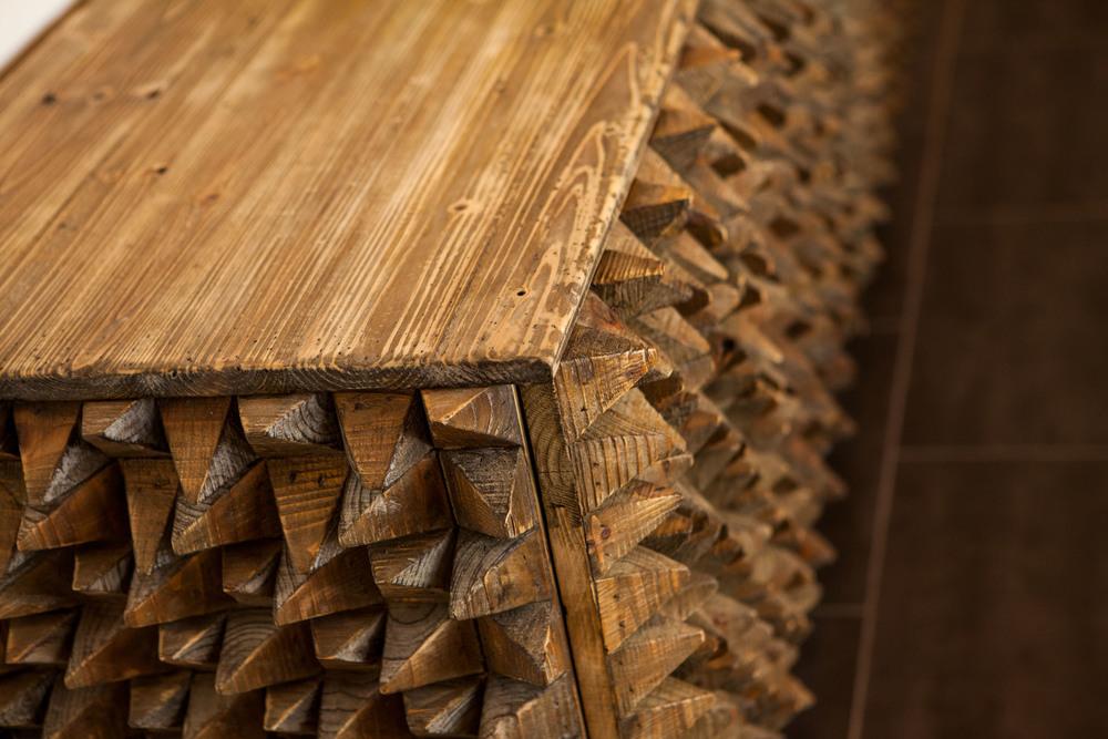 Wood_detail_9924.jpg