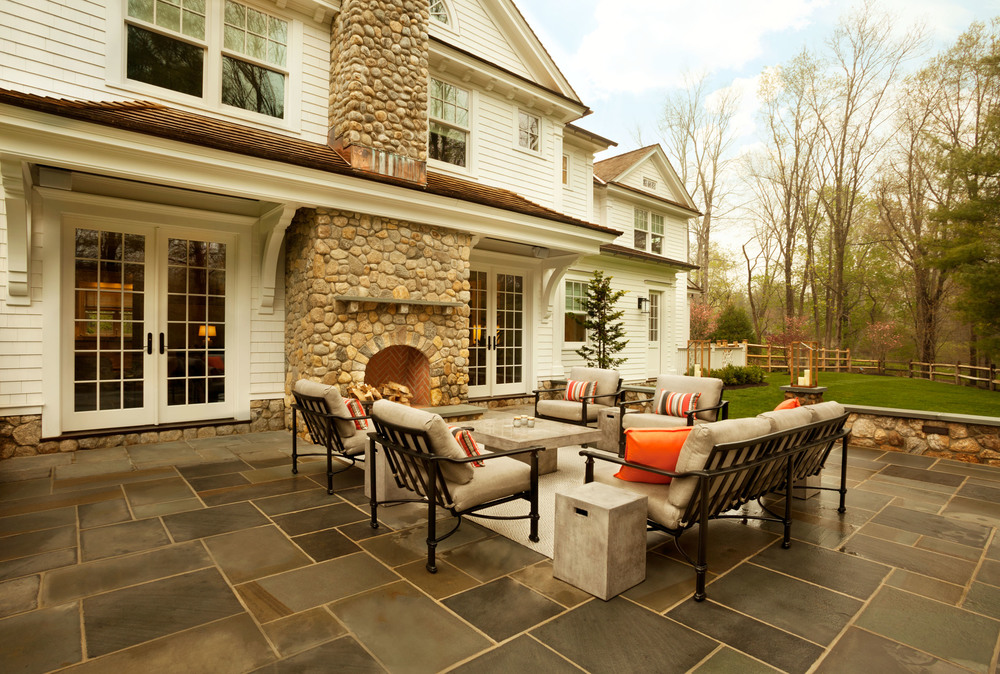 New Canaan Backyard Living Area