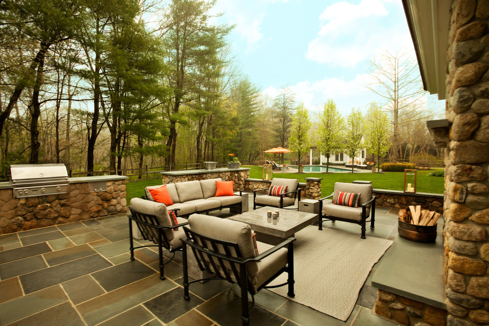 New Canaan Outdoor Living Area