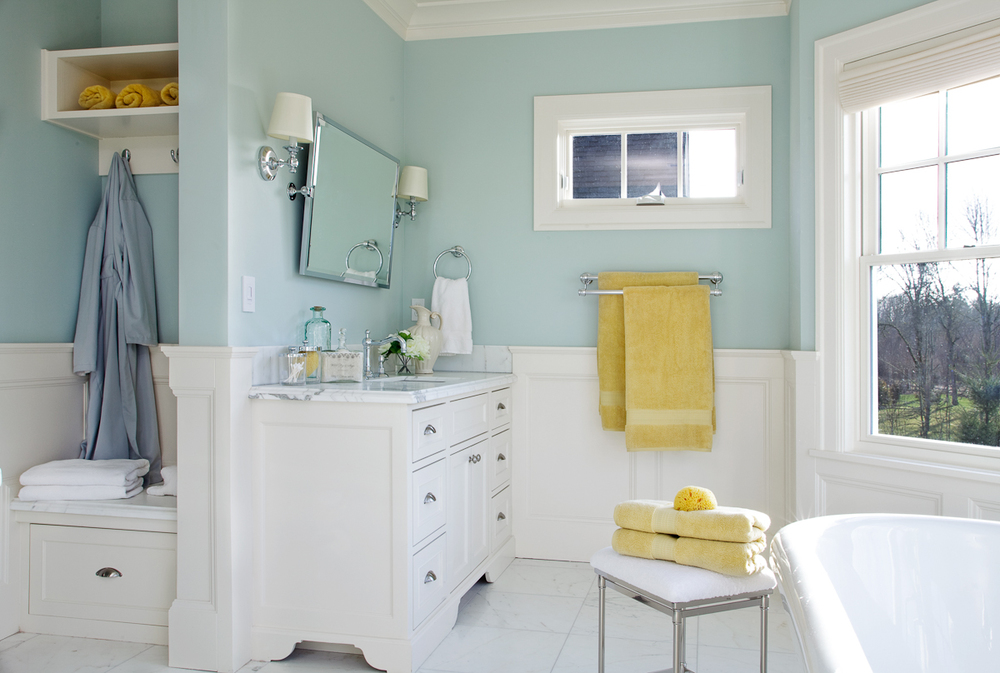 Camelia Court Master Bathroom