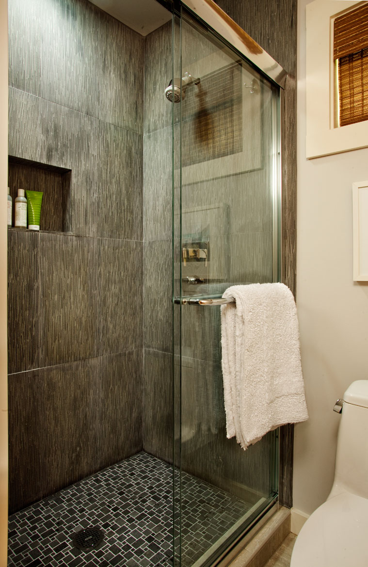 Seahound Ranch Bathroom Shower