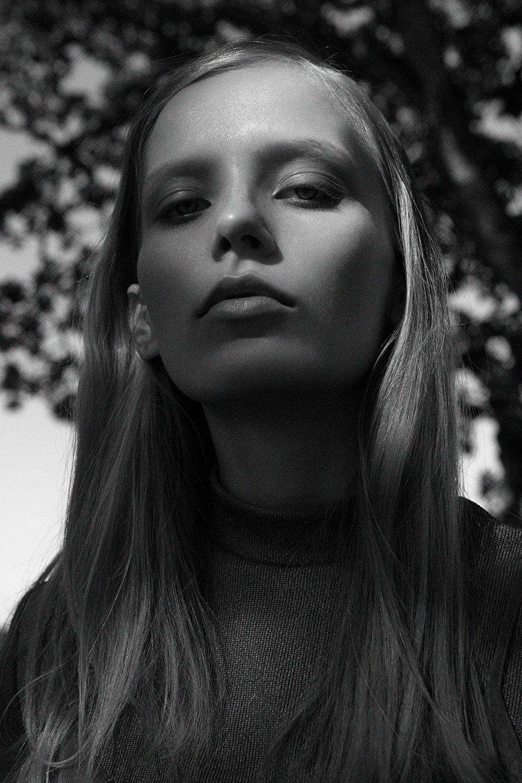 Eliana    - Option Models
