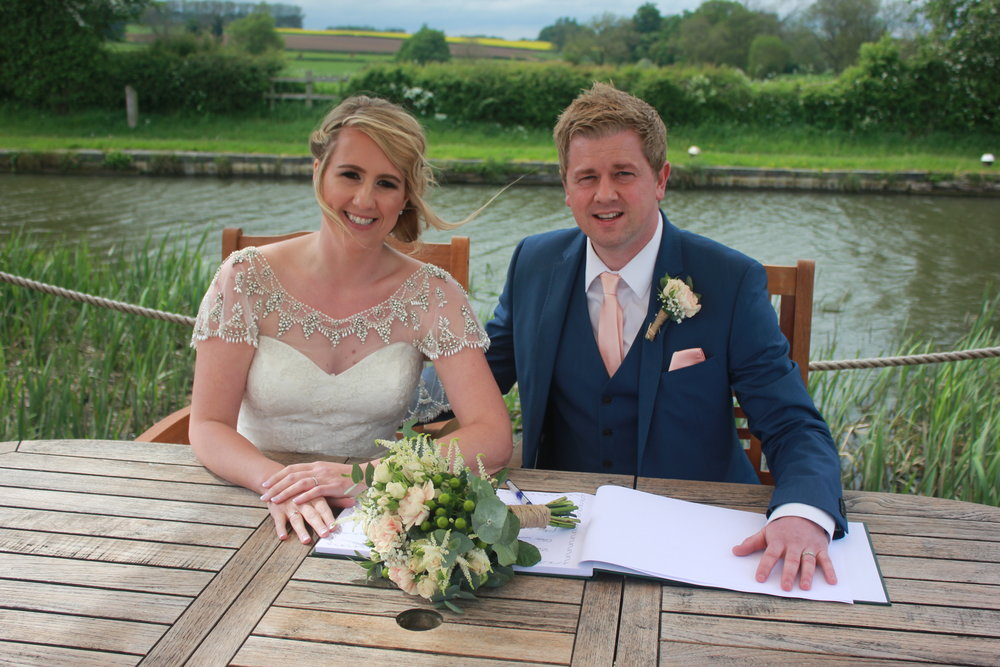 My Perfect Ceremony - Wedding Celebrant Testimonial - Lucy & Wayne