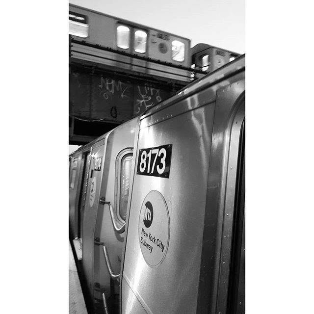 No time for drawing, busy trying to see everything in NY! * * * #newyork #brooklyn #newyorksubway #goingplaces #blackandwhite #trainspotting #trains
