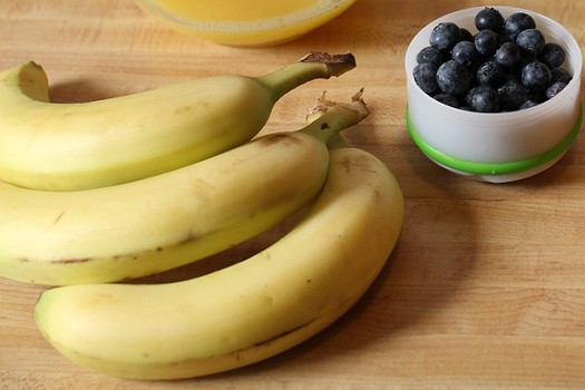 banana and blueberries