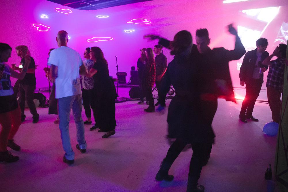 dancing-24.jpg