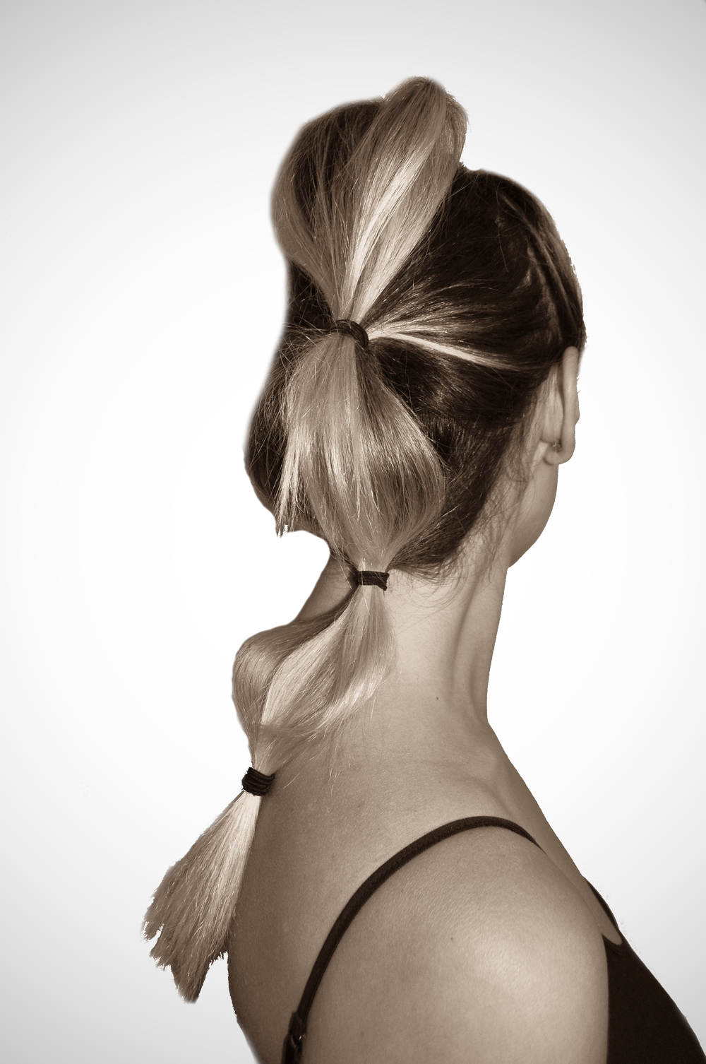 bubble ponytail 1.jpg