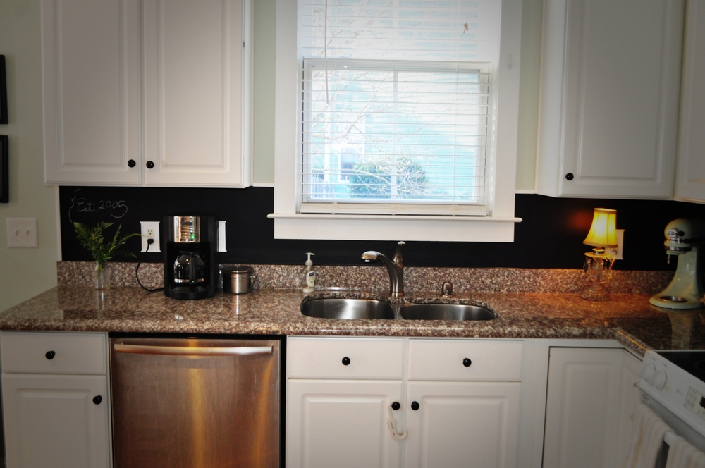 backsplash redo pic.jpg