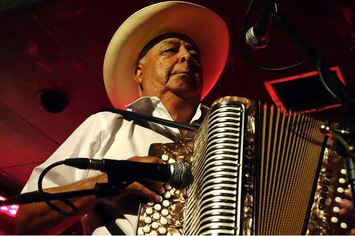 Johnny Degollado y Su Conjunto