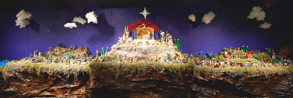 Popular Nativity Scene/Nacimiento Tiípico—Mexico City, Mexico; Ceramic and plaster of Paris; Donated by Edwin R. Jordan. Photo by Krystal Malloy.