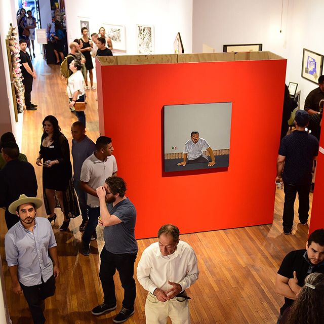 With all the issues currently unfolding in the border region, we'd like to thank all those who came out for the opening reception of #YLA23 and supporting the featured artists. Through their art, these artists are problematizing the cultural/physical/physic borders that are part of the region. A special thank you to @dulcevidatequila, @topochicousa, and @daiduetaqueria for your support during the event. Now more than ever its important to recognize the importance of community and the power of art. ... #mexicartemuseum #mexicarte #yla #borderart #sinfronteras #atxmuseum #atxart #atx #borderartists #keepfamiliestogether #latinxart #borderlands
