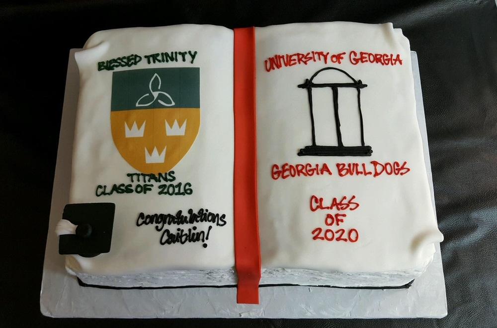 grad cakes.jpg