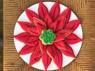 poinsettia cookie.jpg