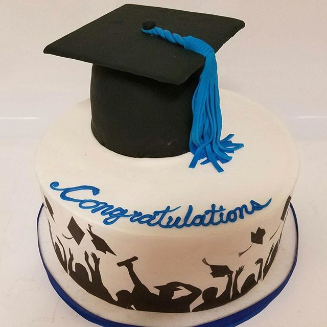 Graduation cakes are busting out the seems at Confection Perfection!  Get your orders in ASAP!! #graduationcakes #graduation #gradcakes #gradcakesatlanta #graduationcakesatlanta #cakesatlanta #cakesmarietta #confectionperfectioncakes